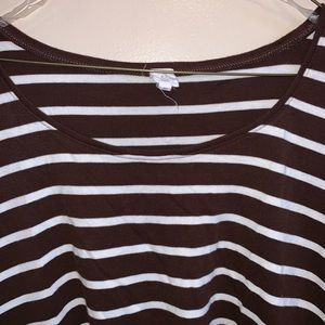 Women's Brown and White tee